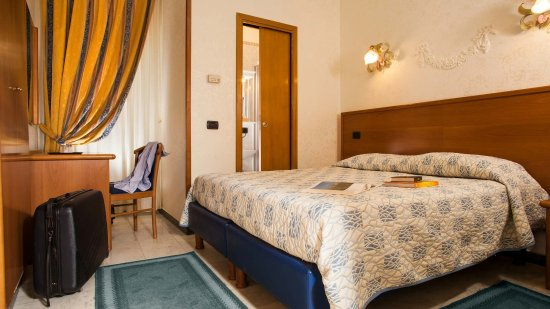 Hotel Grifo: Small Double room