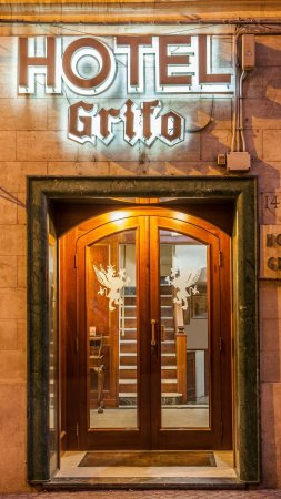Hotel Grifo: Our entry