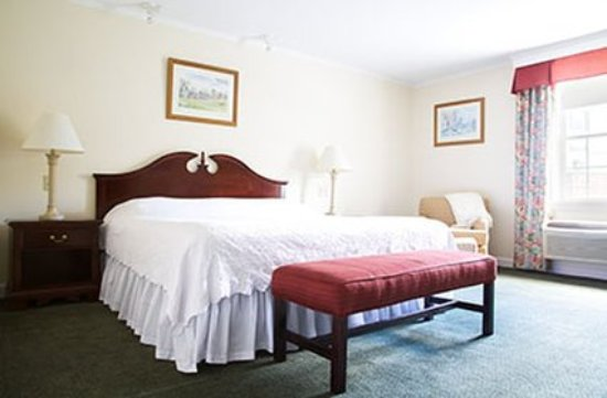 Williamstown, MA: Superior Room