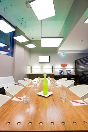 Ibis Sydney King Street Wharf: Meeting Room