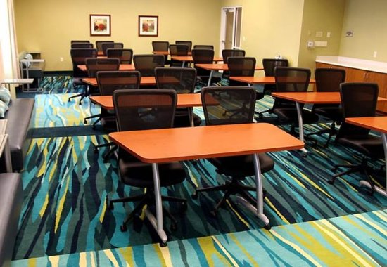 Rosenberg, TX: Longhorn Meeting Room