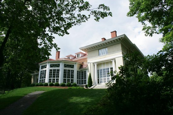 Beverly, MA : Tupper Manor-Conservatory Exterior