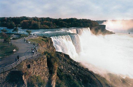 Amherst, NY: Short drive to Niagara Falls, NY