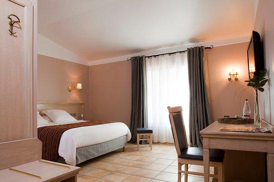 Hotel Artea: Guest Room