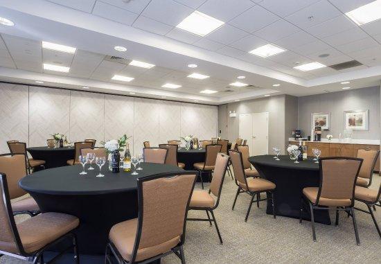 SpringHill Suites Charlotte Ballantyne Area : Polk Meeting Room - Banquet Setup