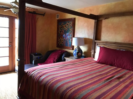Avila Beach, CA: Owner Suite Bedroom