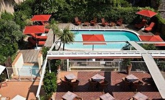 Matisse Hotel Pool