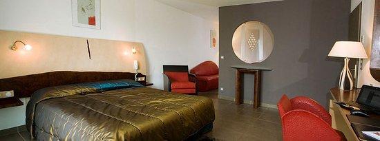 Hôtel La Fauceille : room