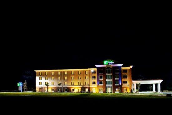 Newberry South Carolina Hotel Exterior Night