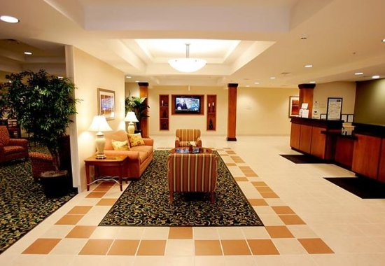 South Boston, VA: Lobby