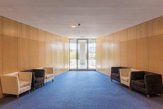 Prior Velho, โปรตุเกส: Hallway
