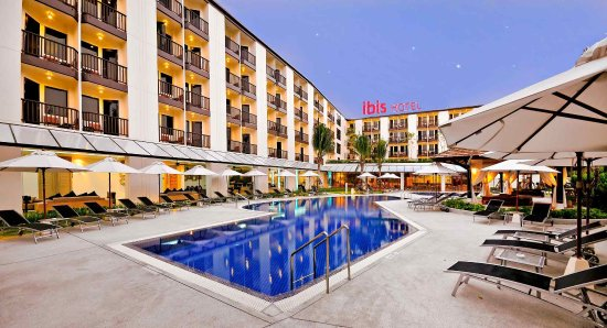 โรงแรมไอบิส ภูเก็ต กะตะ