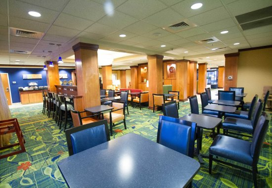 Santa Maria, Californië: Breakfast Buffet - Seating Area