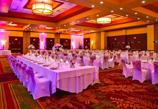 Allen, Τέξας: Cottonwood Ballroom   Wedding Setup