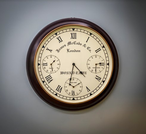 Washingborough, UK: Clock In Winston Room