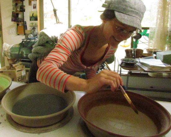 Eugene, OR: Jessica collaborates on super large pie plates.