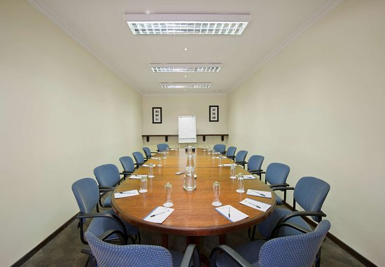 Protea Hotel by Marriott Windhoek Thuringerhof: Boardroom
