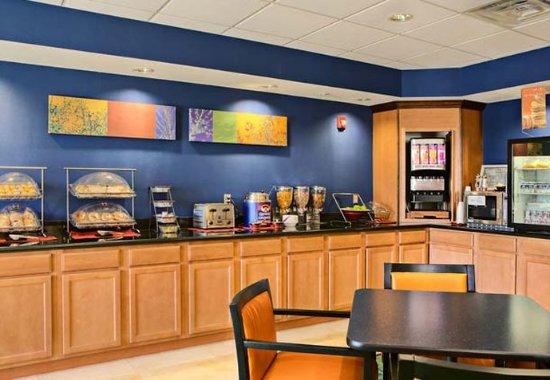 Mansfield, TX: Breakfast Bar