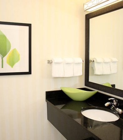 Bartlesville, OK: Guest Bathroom