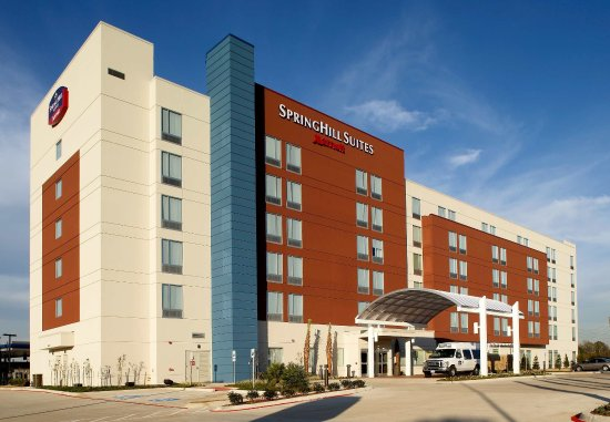 SpringHill Suites Houston Intercontinental Airport: Exterior