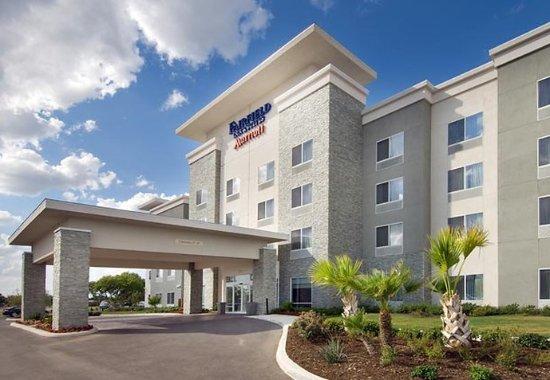 Fairfield Inn & Suites New Braunfels: Entrance