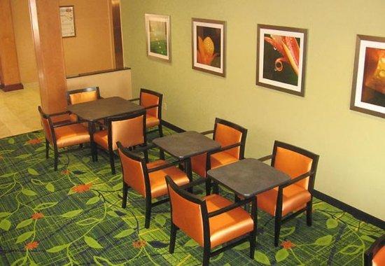 Muskogee, Οκλαχόμα: Breakfast Sitting Area