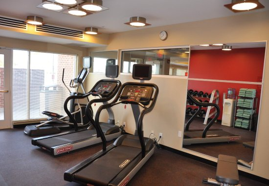 Towne Place Suites: Exercise Room