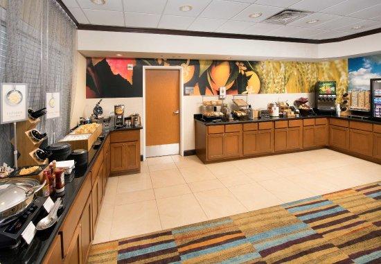 Weatherford, تكساس: Breakfast Buffet