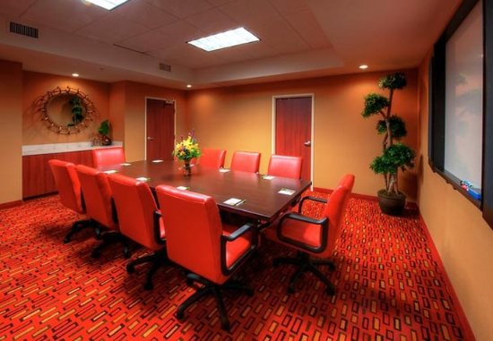 Johnson City, TN: Boardroom