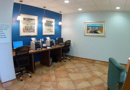 Wolfforth, TX: Business Center