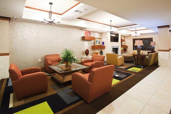 Holiday Inn Express Hotel & Suites Los Alamos Entrada Park : Reception