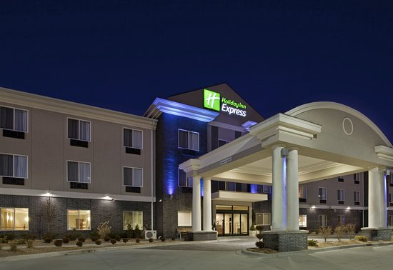 Now A Monthly Stay Review Of Holiday Inn Express Hotel Suites Pittsburg Ks Tripadvisor