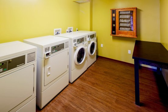 Mountaineer Lodge: Laundry Facility