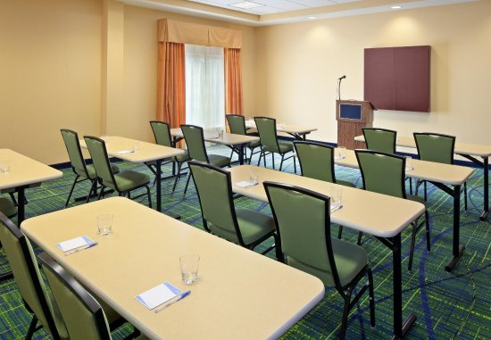 Fairfield Inn & Suites Lewisburg : Meeting Room