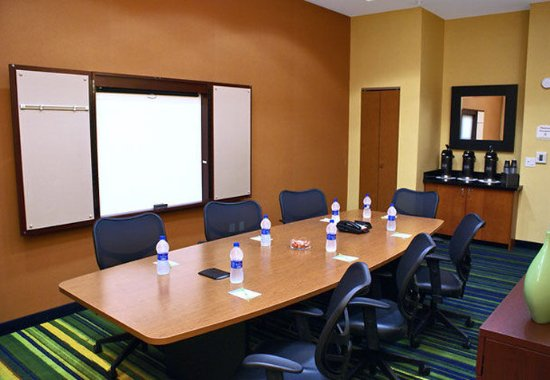 Kingsburg, Kaliforniya: Azalea Meeting Room