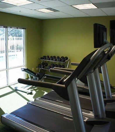 Fairfield Inn & Suites Redding: Fitness Center