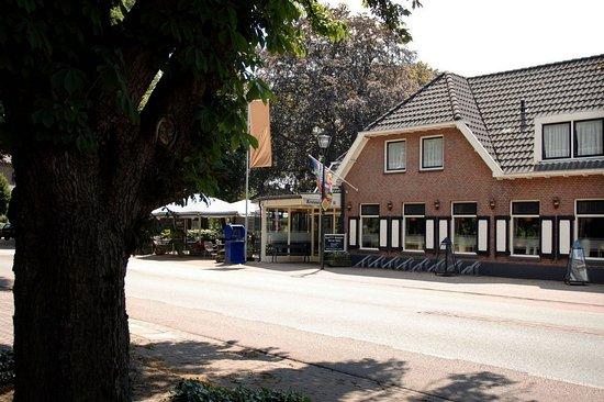 Hengevelde, Paesi Bassi: Exterior