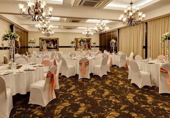 Protea Hotel by Marriott Hilton: Meeting Room - Banquet Setup