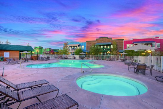 Overgaard, AZ : Outdoor Swimming Pool
