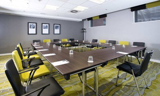 Hampton by Hilton Liverpool City Centre: Modern Meeting Room