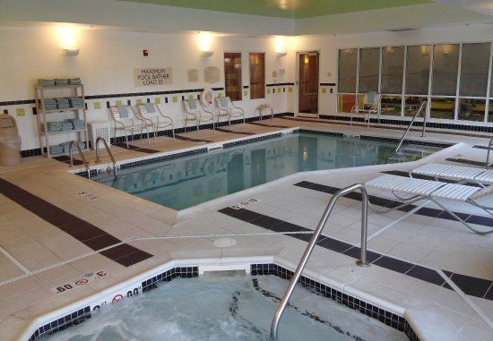 Avon, IN: Indoor Pool & Spa