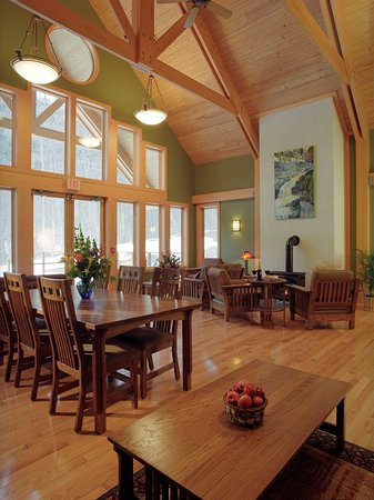 Minnewaska Lodge: Breakfast Area