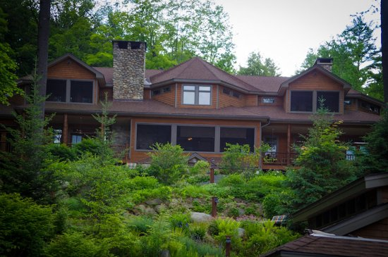 Chestertown, Nova York: The Fern Lodge looks out over Friends Lake