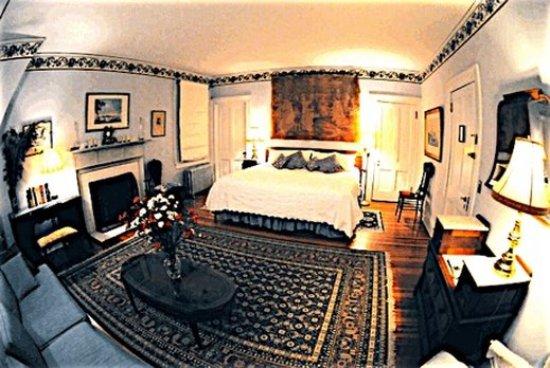 Whistler's Inn : Whistlers Inn B