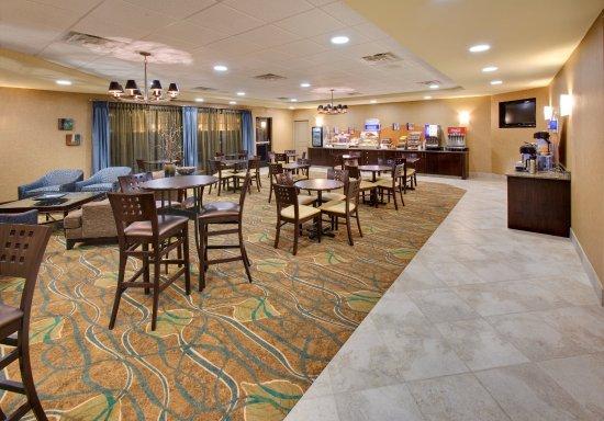 Holiday Inn Express Hotel Suites Grand Island Bewertungen Fotos Preisvergleich Ne