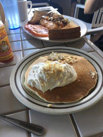 Photo of American Restaurant Gazebo Restaurant at Napili Shores at 5315 Lower Honoapiilani Rd, Lahaina, HI 96761, United States