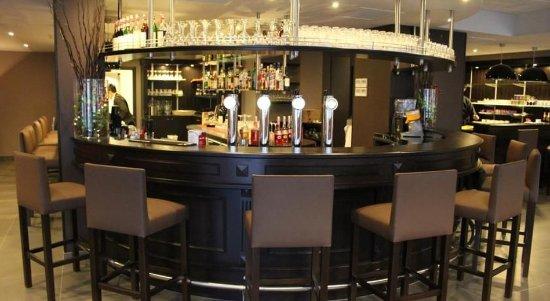 ماريفو هوتل: Bar/Lounge