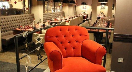 ماريفو هوتل: Restaurant
