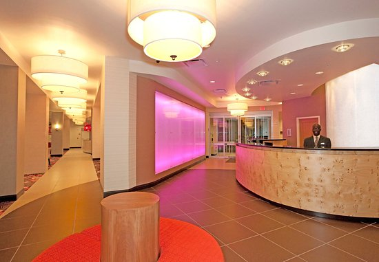 Residence Inn Pittsburgh North Shore: Reception Area
