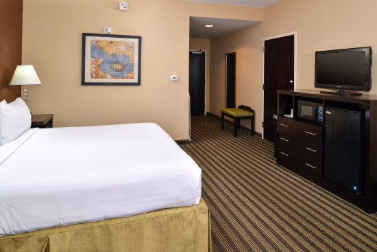 Holiday Inn Express Columbia: Wheelchair Accessible